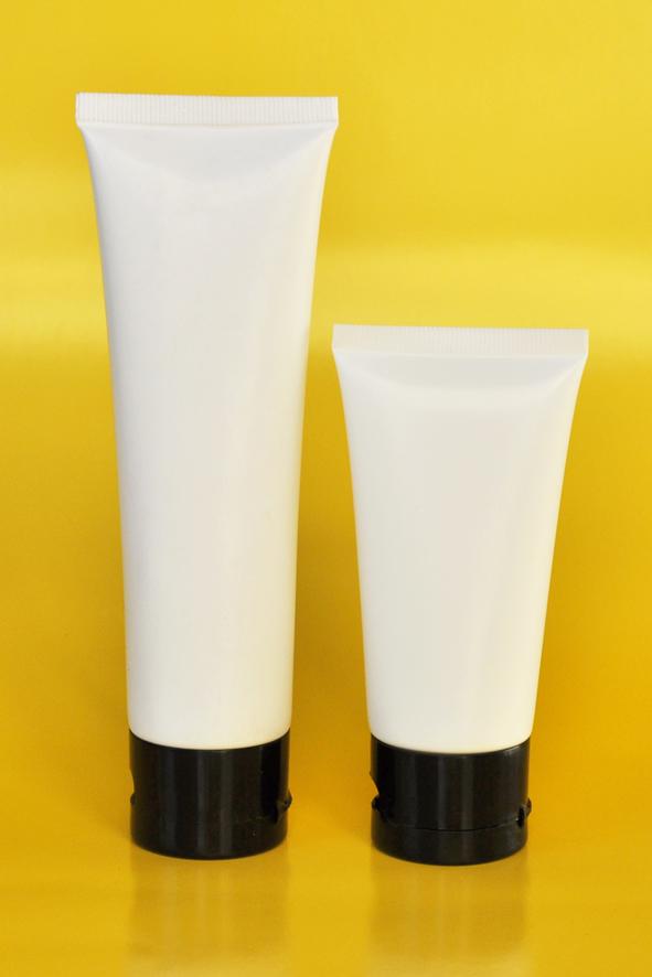 SNET-100WTBCFT-Pre Sealed Plastic Tube White 100g + Black Cap Flip Top
